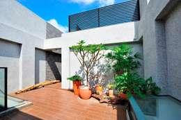 Atap by EO design studio