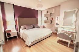 modern Bedroom by D.I. Pilar Román