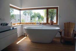 modern Bathroom by PlanKopf Architektur
