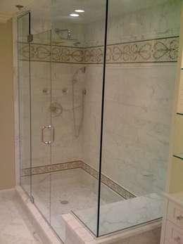 Baños de estilo clásico por telviche