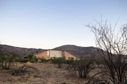 Casa Cuatro Aguas : Casas unifamiliares de estilo  por Dx Arquitectos