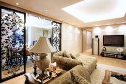 غرفة المعيشة تنفيذ thedesigns