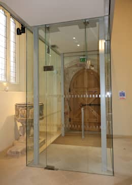 Glass doors by Ion Glass