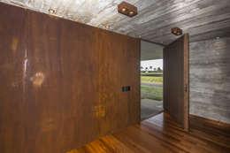 اندرونی دروازے by Belas Artes Estruturas Avançadas