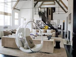 Bubble swing..: modern Living room by Spacio Collections