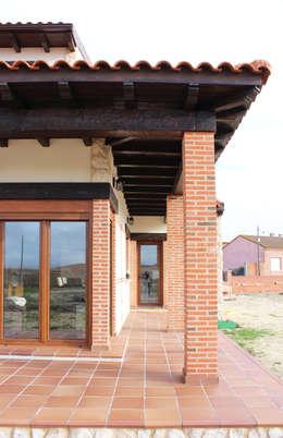 房子 by mh11arquitectos