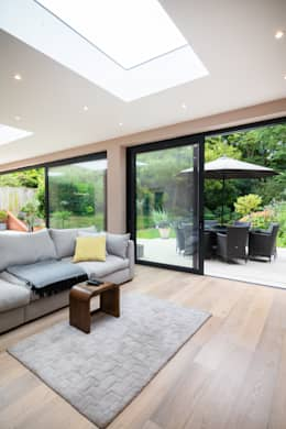 Extension, Wimbledon SW19: modern Living room by TOTUS
