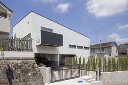 moderne Häuser von 前田敦計画工房