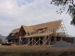 Casas campestres de estilo  por AOG SPA
