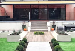 Jardines de estilo moderno por Gardenplan Design
