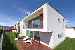 Iria Comoxo Estudio의  일세대용 주택