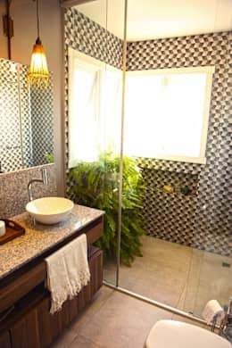 Banheiro do Casal : Banheiros modernos por COB Arquitetura e Design