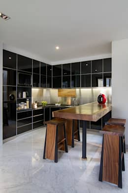 廚房 by e.Re studio architects