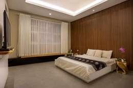 kbp house:  Kamar Tidur by e.Re studio architects