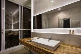 kbp house:  Kamar Mandi by e.Re studio architects