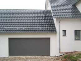Modernisierung und Umbau eines Zweifamilienwohnhauses TE: moderne Häuser von a r c h i t e k t u r b ü r o grimm