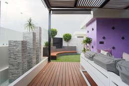 Cubic White: Salas de estilo moderno por STUDIO COCOONS