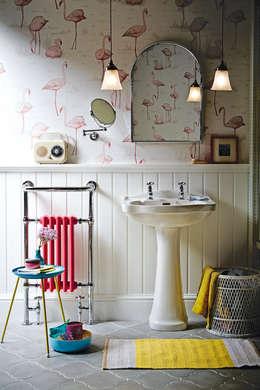 Banheiros clássicos por Heritage Bathrooms