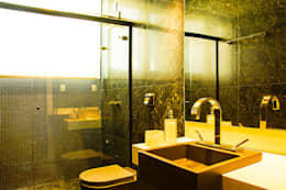 modern Bathroom by ARQUITETURA CARINE SACHETT