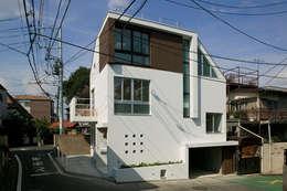 Rumah by 前田敦計画工房