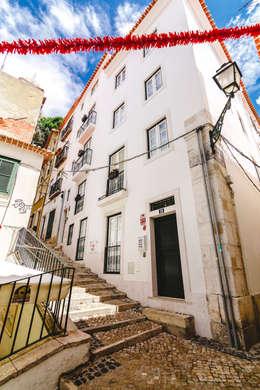 Apartamentos Alfama / Lisboa - Apartments in Alfama / Lisbon: Habitações  por Ivo Santos Multimédia