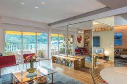 modern Living room by Espaço Tania Chueke