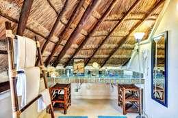 rustic Bathroom by DHI Riviera Maya Architects & Contractors