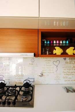 Mueble de Cocina.: Cocinas de estilo moderno por Dsg Arquitectura