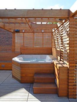 DC Roof Deck:  Patios & Decks by ARCHI-TEXTUAL, PLLC