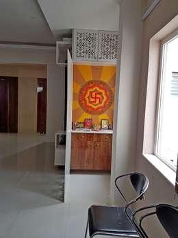 Mr. Amrish - Astro Rosewood Regency: modern Living room by DECOR DREAMS