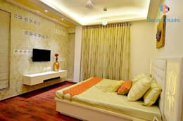 Independent Bungalow - Mr. Modi: scandinavian Bedroom by DECOR DREAMS