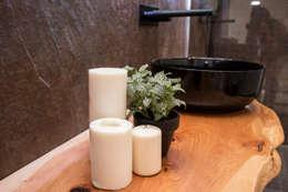 Baños de estilo moderno por ORCHIDS LOFT