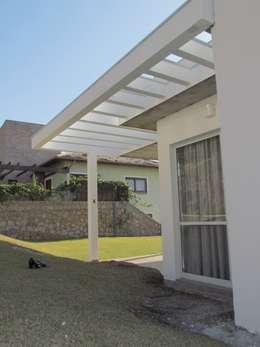modern Houses by Studio RW Arquitetura