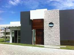 房子 by Studio RW Arquitetura