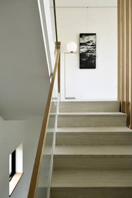modern Corridor, hallway & stairs by 行一建築 _ Yuan Architects