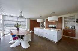 Кухни в . Автор – Brand BBA I BBA Architecten