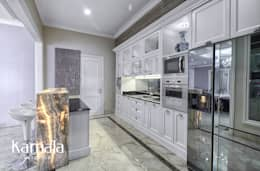 Built-in kitchens by Kamala Interior