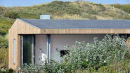 minimalistic Houses by BNLA architecten