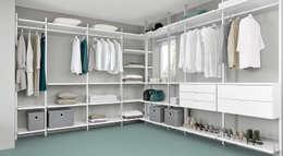 Closets de estilo clásico por Regalraum UK