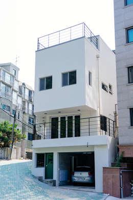 獨棟房 by AAPA건축사사무소