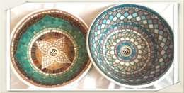 Bachas en mosaico veneciano: Baños de estilo colonial por Mosa Y Quito