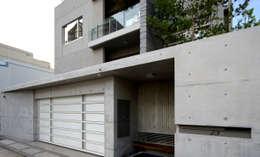 台南12號住宅:  別墅 by 築青室內裝修有限公司