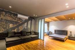 LOUNGE AREA: modern Media room by DESIGNER'S CIRCLE