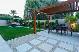 Casetas de jardín de estilo  por Hortus Landscaping Works LLC
