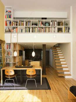 Phòng khách by Kimberly Peck Architect