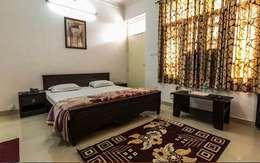 Residential Interior : asian Bedroom by Manoj Interior Decorator