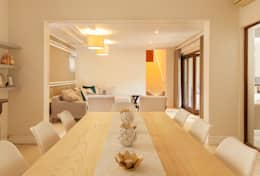 House Varyani: modern Dining room by Redesign Interiors