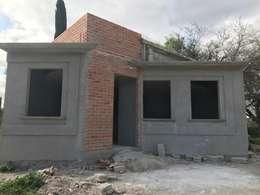 Rumah pedesaan by LUBAAL construcción y arquitectura