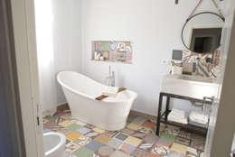 Casas de banho industriais por T_C_Interior_Design___