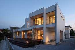 房子 by MITSUTOSHI   OKAMOTO   ARCHITECT   OFFICE 岡本光利一級建築士事務所